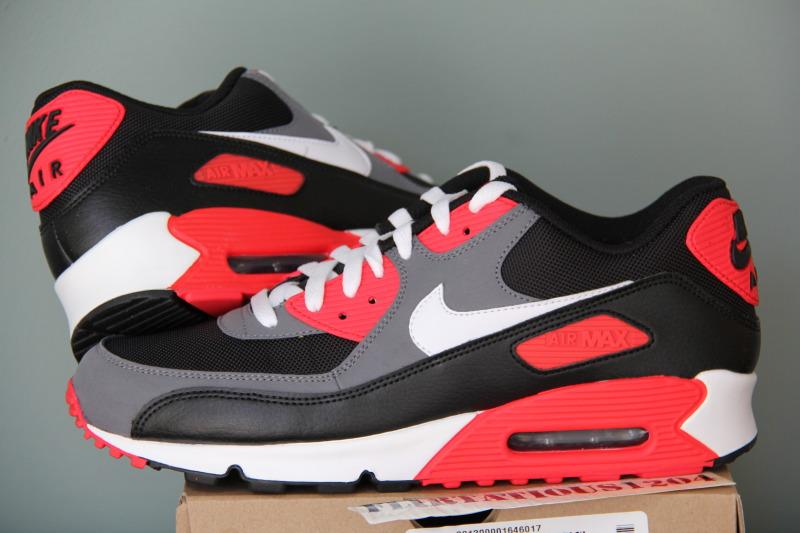 Nike Air Max 90 schwarz rot Fake oder Original!?